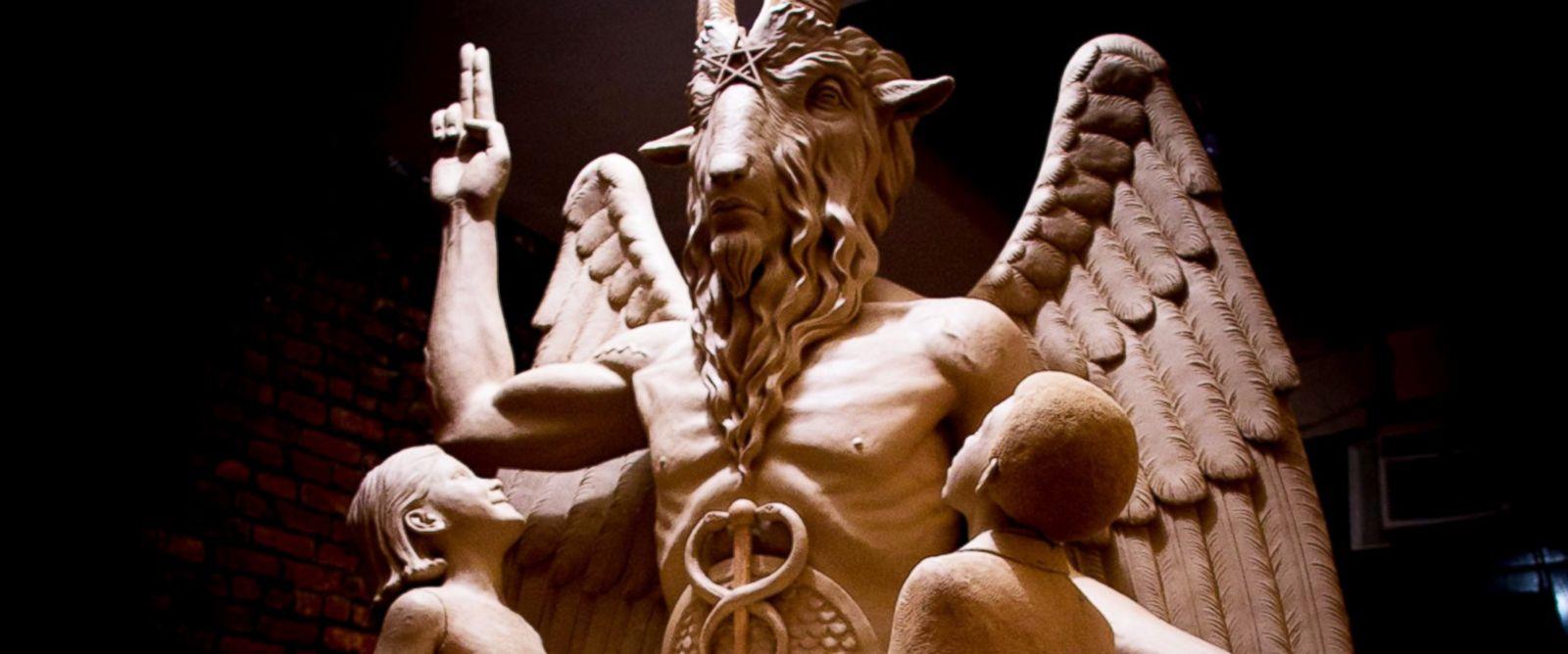 satan dans la cité 2 - Baphomet à oklahoma temple satanic