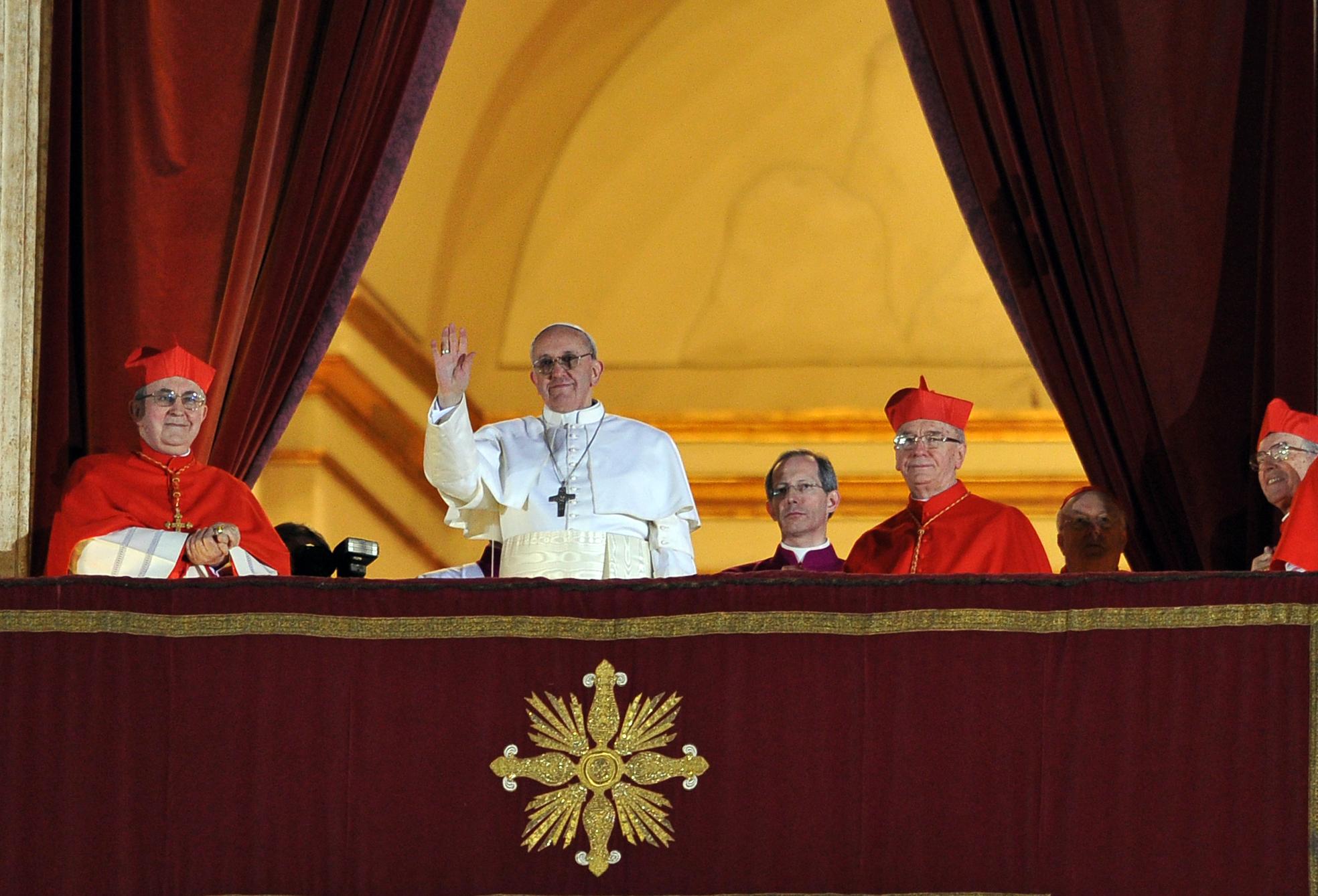 Roma 13-03-2013 Piazza San Pietro Elezione del Papa, il nuovo Papa è stato eletto ed è Bergoglio Jorge Mario, Papa Francesco Ph: Cristian Gennari/Siciliani